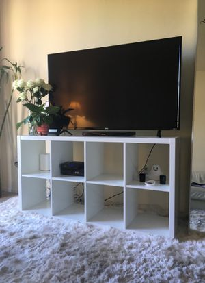 White shelf and tv stand for Sale in Los Angeles, CA
