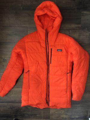 Patagonia Men's Hyper Puff Parka / Coat for Sale in DEVORE HGHTS, CA