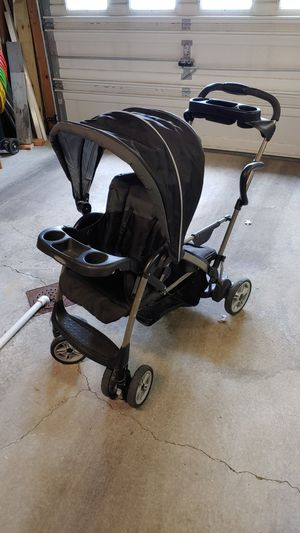 Graco Room for 2 Sit to Stand Stroller for Sale in Pittsburgh, PA