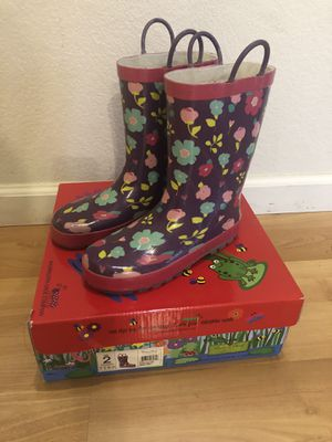 Western Chief Rain Boots size 2 girls for Sale in Sacramento, CA