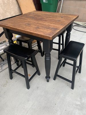 Dining Table for Sale in Fullerton, CA