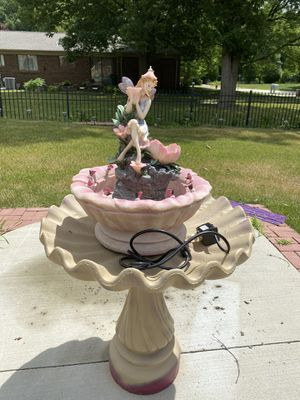 Very beautiful gorgeous patio Fountain for Sale in Troy, MI
