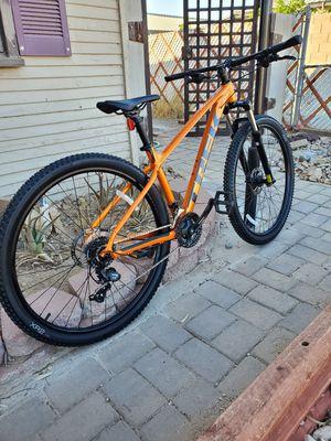 2021 trek marlin 5 mountain bike for Sale in Phoenix, AZ
