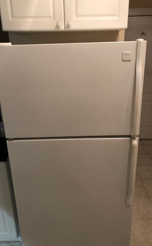 Whirlpool Refrigerator Freezer, Oven/Stovetop, Microwave and Dishwasher for Sale in Dallas, TX
