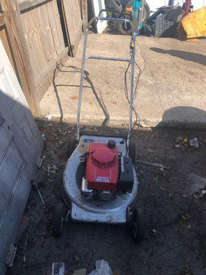 Honda self propelled lawn mower for Sale in Orlando, FL