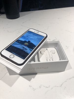 iPhone 6S 64gb Unlocked - Rose Gold for Sale in Seattle, WA