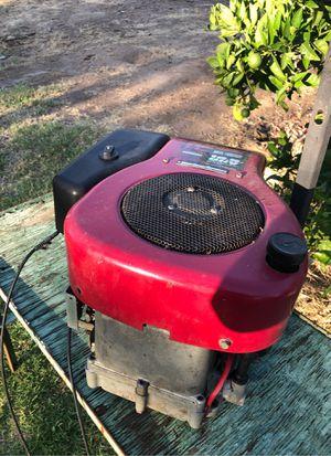 Motor para tractor de sácate buenas condiciones for Sale in Dinuba, CA