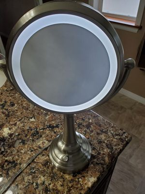 Magnified and Lighted Make-up Mirror for Sale in Kent, WA