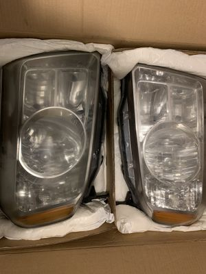 2009-2014 Honda Pilot ex-left and right headlights Assembly for Sale in Providence, RI