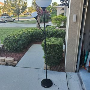 Lamp for Sale in Kissimmee, FL