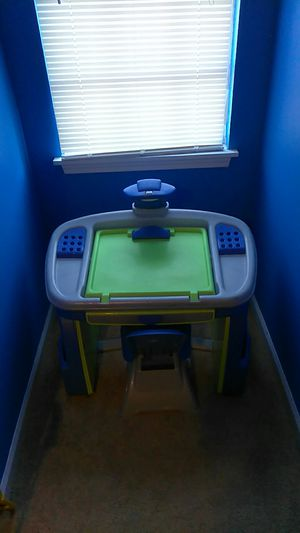 Kid desk and PJ Mask headquarters playset for Sale in Lithonia, GA