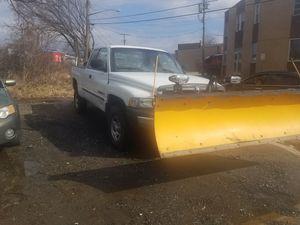 2000 Dodge ram plow truck for Sale in Adelphi, MD