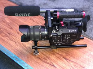 Sony PXW - FS5 with camera bag, 17-70mm lenses, boom MIC, Viltrox Speedbooster for Sale in Brooklyn, NY