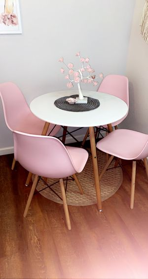 Dining table for Sale in Clovis, CA