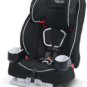 New Graco Atlas 65 2 in 1 Harness Booster Car Seat Glacier for Sale in Las Vegas, NV