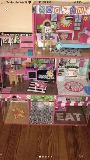 Barbie House for Sale in Bloomfield, NJ