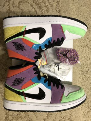"Jordan 1 Mid ""MulticolorLightbulb"" Women size 6.5 or Men's size 5 for Sale in San Diego, CA"