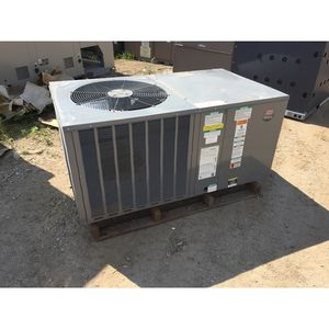 Goodman 2.5 ton mobile home package Air Condition unit for Sale in Orlando, FL