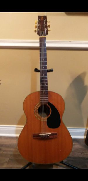 Yamaha fg75-1 vintage acoustic guitar for Sale in Niles, IL