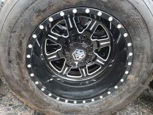 19.5 DUALLY WHEELS FORD TRUCKS 8 LUGS NO TRADES NOTHING AFTER 9PM for Sale in La Grange Highlands, IL