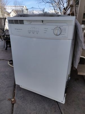Frigidaire Air Dishwasher for Sale in Woods Cross, UT