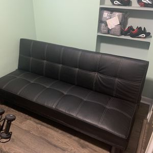 Black Leather Futon for Sale in Pittsburgh, PA