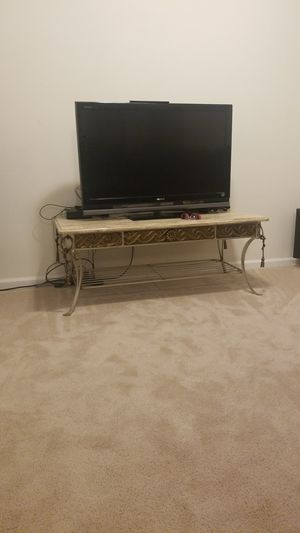 Table - needs a new home for Sale in Crofton, MD