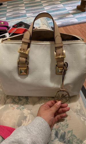 Michael Kors Bag White for Sale in Silver Spring, MD