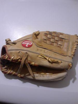 Rawlings baseball glove 12.5 inch for Sale in Riverside, CA