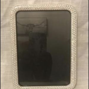 Silver gem rounded picture frame for Sale in Beacon Falls, CT