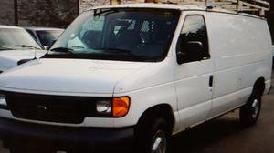 2006 Ford E-Series Cargo E-350 SD 3dr Van for Sale in Chicago, IL