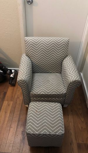 Kids chair and ottoman for Sale in Lynnwood, WA