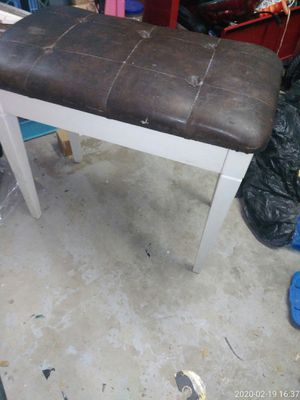 Stool / piano bench with storage. 26x15x 22high for Sale in Oklahoma City, OK