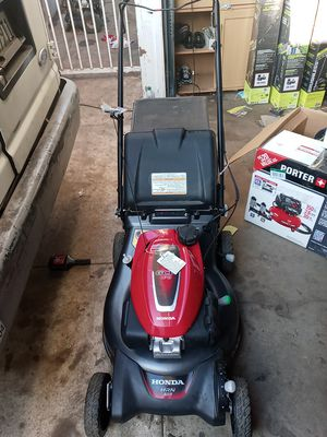 Honda 21 in. 3-in-1 Variable Speed Gas Walk Behind Self Propelled Lawn Mower with Auto Choke for Sale in Gardena, CA