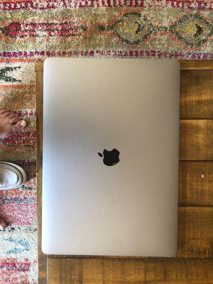 15 inch MacBook Pro Excellent condition for Sale in Alexandria, VA