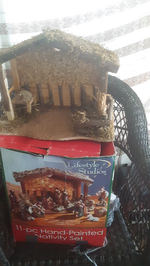 11.pc hand.paited nativity.set for Sale in Avon Park, FL
