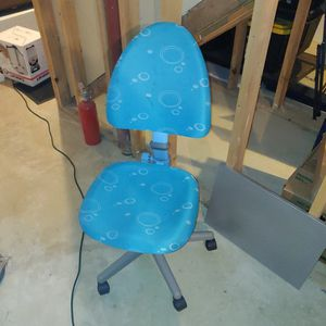 Apexdesk Blue Kids Desk chair for Sale in Bedford, MA