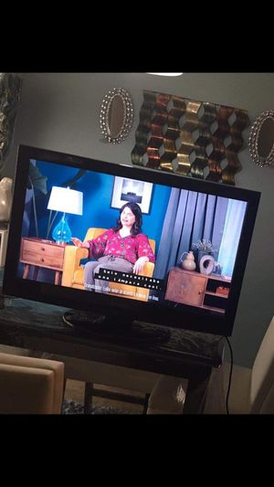Tv size 32 pulgadas $35 for Sale in Irving, TX