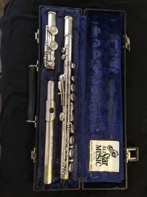 Armstrong 104 Flute and Case for Sale in Sun City, AZ
