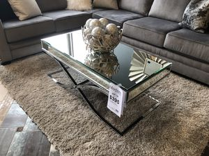 Mirror coffee table for Sale in Snohomish, WA
