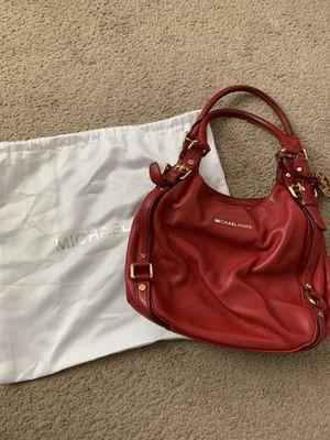 Michael Kors medium bucket purse for Sale in Austin, TX