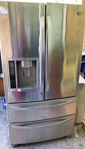 LG French Door Refrigerator for Sale in Clarksburg, WV