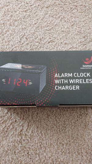 Alarm clock: wireless charger, Bluetooth speaker, FM radio for Sale in Sterling, VA