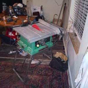 Stand Up C10fr Hitachi Table Saw for Sale in Tacoma, WA
