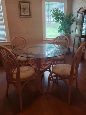 Cute indoor/outdoor dining set. 4 chairs and glass table. for Sale in Winter Haven, FL