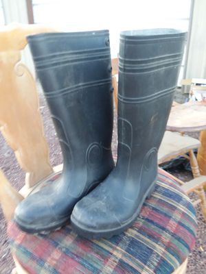 Size 6 OnGuard Rubber Boots for Sale in Prineville, OR