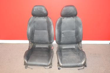 JDM NISSAN SILVIA S15 L PACKAGE OEM FRONT LEATHER SEATS 240SX RARE for Sale in Philadelphia,  PA