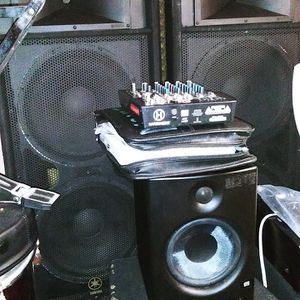 P.A. Speakers for Sale in Waco, TX