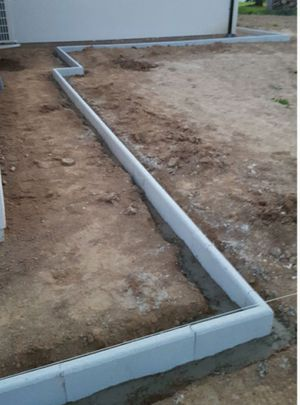 Se ofrece en mi servicio de trabajo pintura carpintería y concreto for Sale in Leesburg, VA