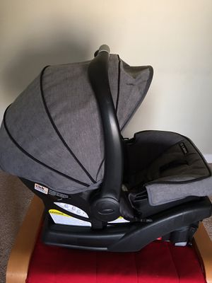 Graco clickConnect Baby Seat for Sale in Bloomington, IL